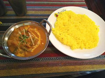 野菜カレーとサフランライス