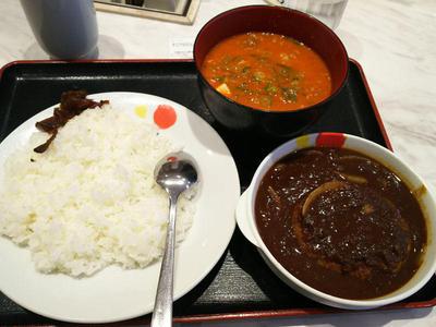 ハンバーグカレーとミニ豆腐キムチチゲ