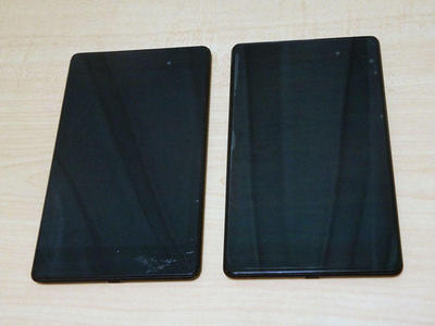 割れたNexus7と新Nexus7