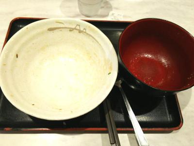 牛と味玉の豚角煮丼 完食