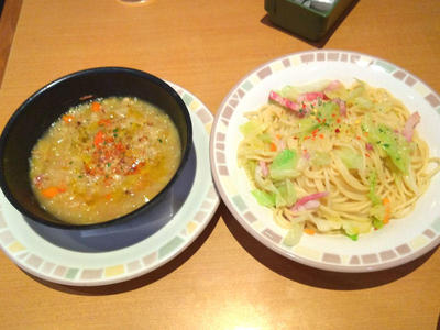キャベツのペペロンチーノと田舎風やわらかキャベツのスープ