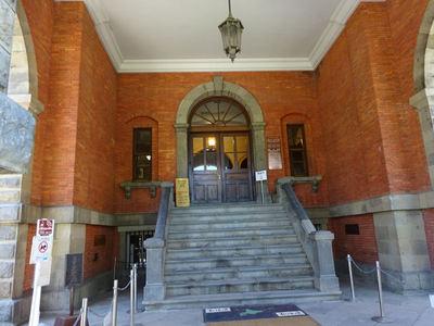 旧北海道庁 入り口