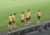 試合後の挨拶をする選手達
