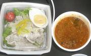 お弁当とキムチスープ