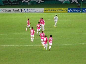 吉田のゴール直後